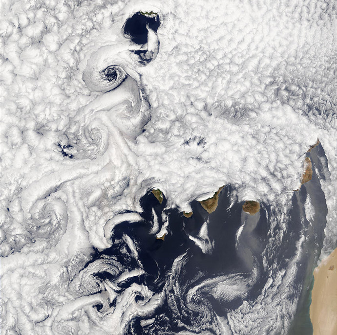 Orographic disturbances created over the mountainous Canary Islands
