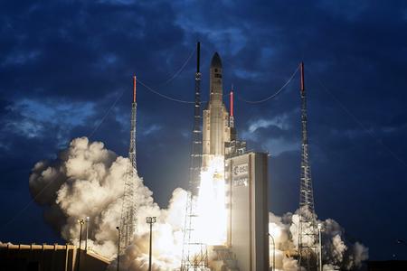 MSG-4 Meteosat satellite liftoff