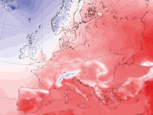 Daily mean temperature July 2010 from ERA5