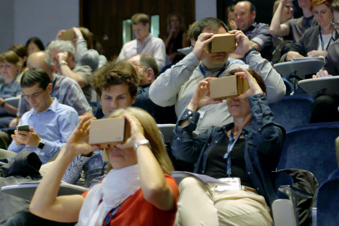 Use of virtual reality headsets at UEF 2018